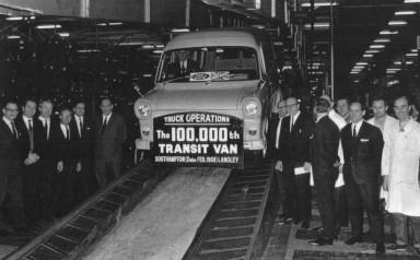 Ford Transit - 100.000 sztuk